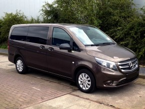Микроавтобус Mercedes-Benz Vito Tourer