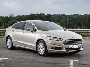 Автобус Ford Mondeo